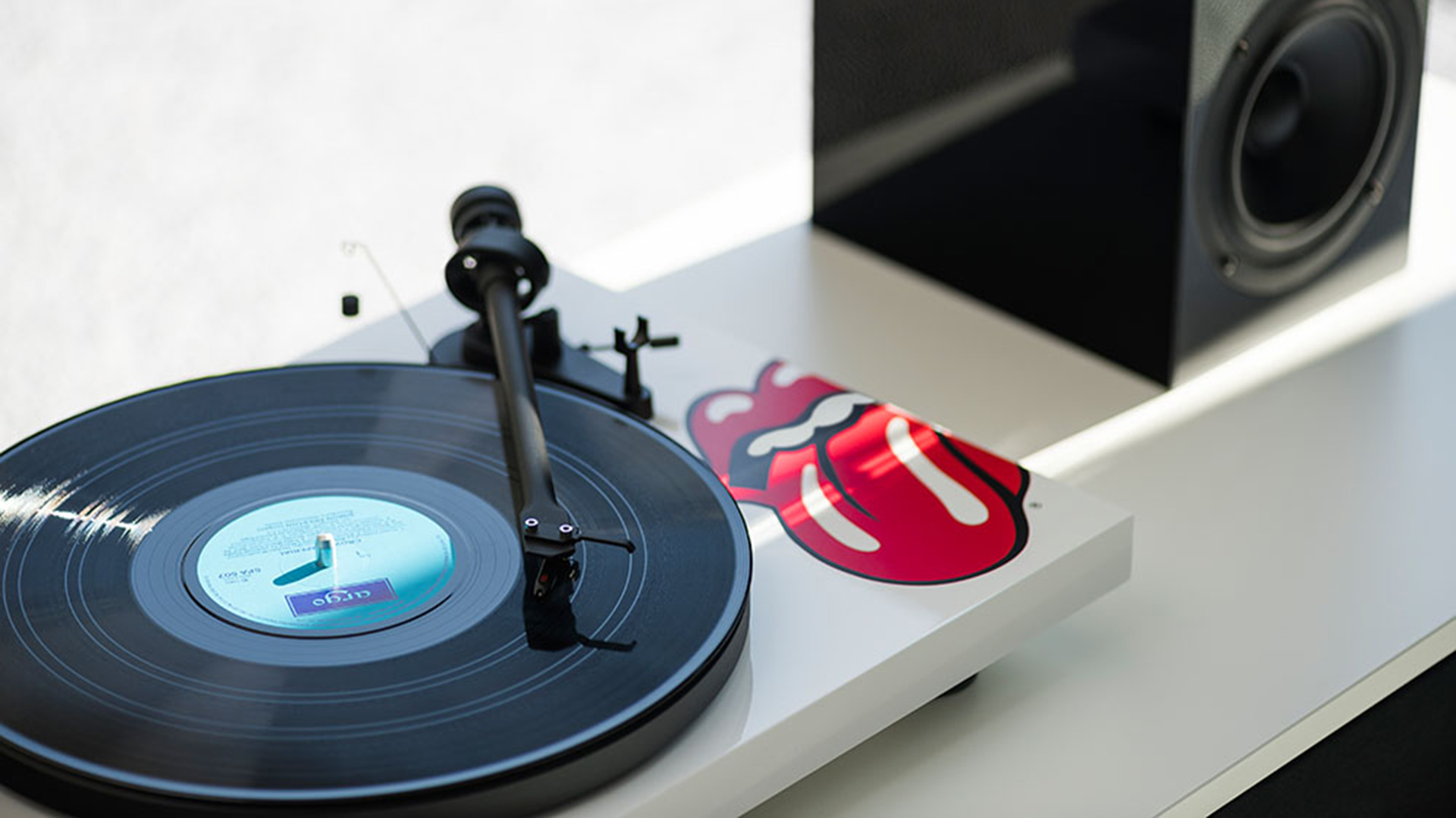 Pro-Ject-Rolling-Stones_5
